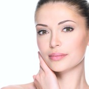 Join the no-makeup movement with the help of laser skin resurfacing at Criswell & Criswell Plastic Surgery!